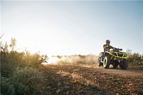 2019 Can-Am Outlander XT-P 850 in Wilmington, Illinois