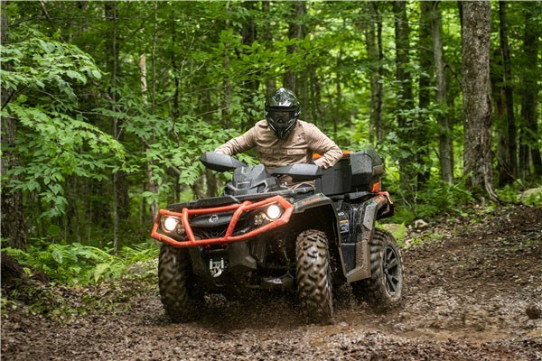 2019 Can-Am Outlander XT 1000R in Hillman, Michigan