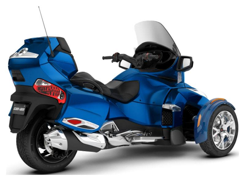 2019 Can-Am Spyder RT Limited in Antigo, Wisconsin - Photo 2