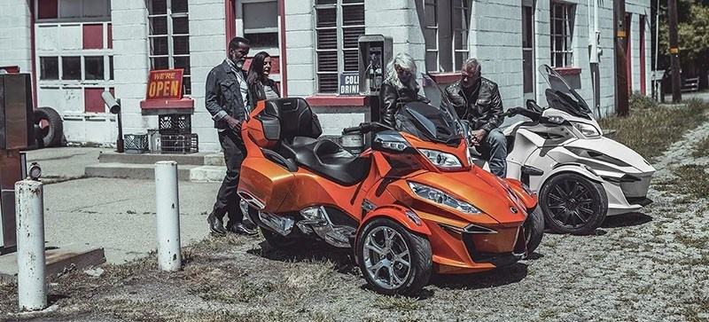 2019 Can-Am Spyder RT Limited in Augusta, Maine - Photo 4