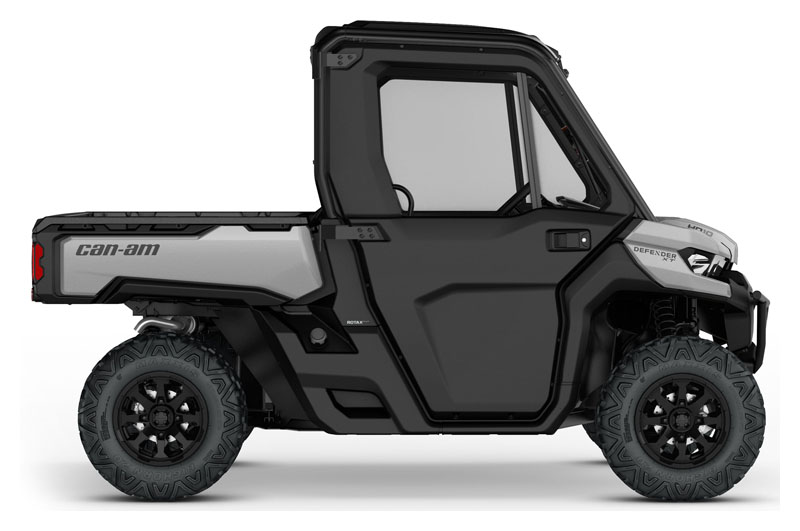 2019 Can-Am Defender XT CAB HD10 in Bakersfield, California - Photo 2
