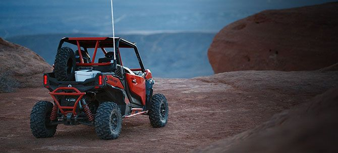 2019 Can-Am Maverick Sport DPS 1000R in Lakeport, California