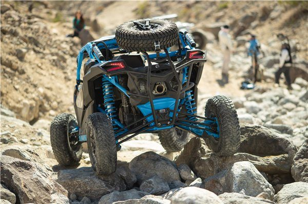2019 Can-Am Maverick X3 X rc Turbo R in Bennington, Vermont - Photo 7