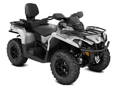 2020 Can-Am Outlander MAX XT 570 in Bennington, Vermont