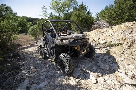 2020 Can-Am Defender 6x6 DPS HD10 in Saint Johnsbury, Vermont - Photo 6