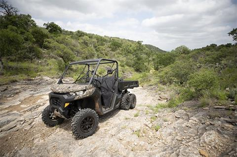 2020 Can-Am Defender 6x6 DPS HD10 in Ruckersville, Virginia - Photo 8