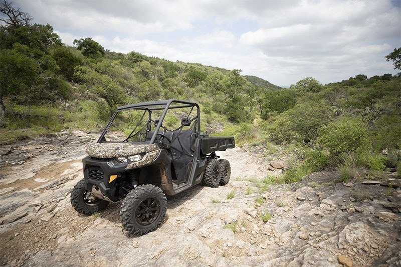 2020 Can-Am Defender 6x6 DPS HD10 in Frontenac, Kansas - Photo 8