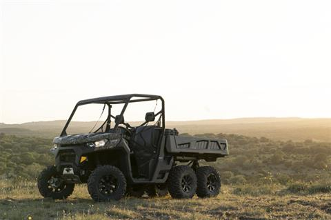 2020 Can-Am Defender 6x6 DPS HD10 in Concord, New Hampshire - Photo 10