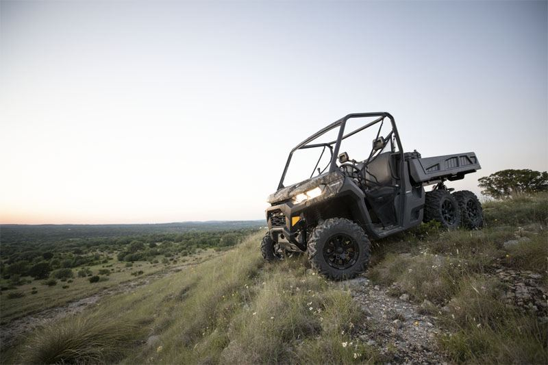 2020 Can-Am Defender 6x6 DPS HD10 in Bozeman, Montana - Photo 11