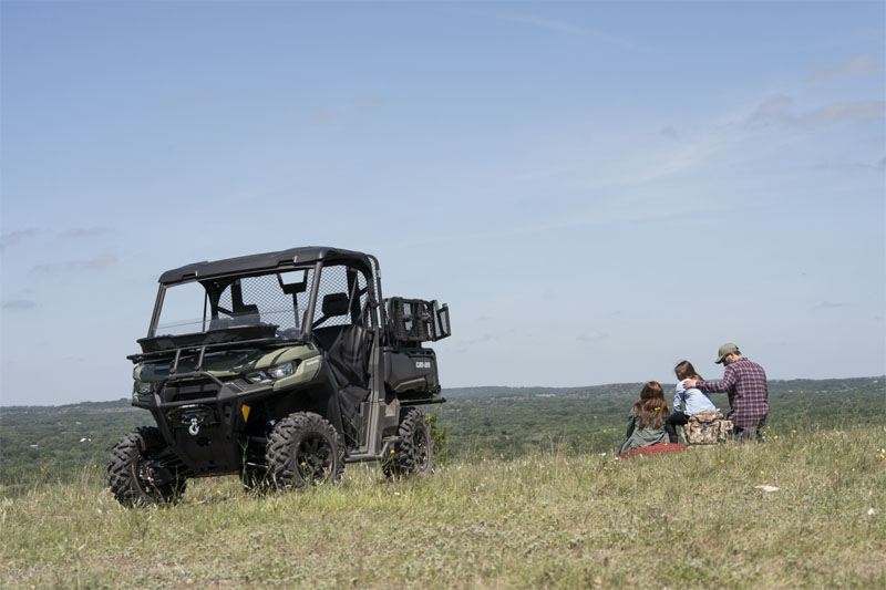 2020 Can-Am Defender DPS HD8 in Cambridge, Ohio - Photo 12