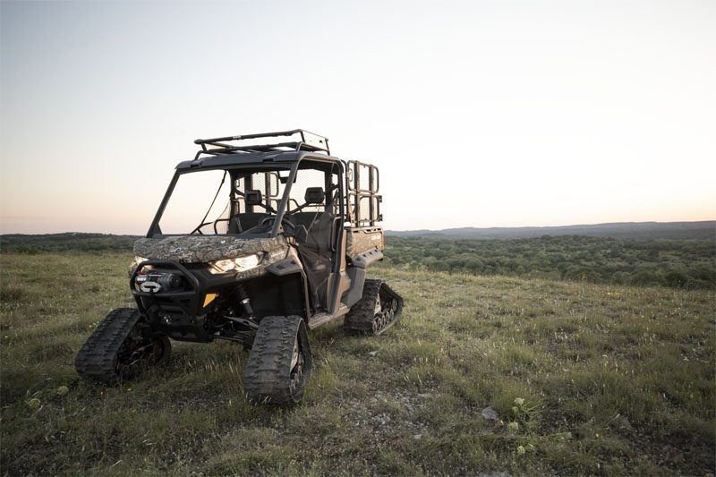 2020 Can-Am Defender Mossy Oak Edition HD10 in Augusta, Maine - Photo 4
