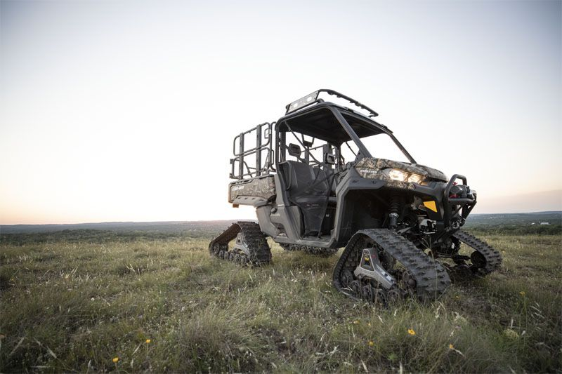 2020 Can-Am Defender Mossy Oak Edition HD10 in Lakeport, California - Photo 5