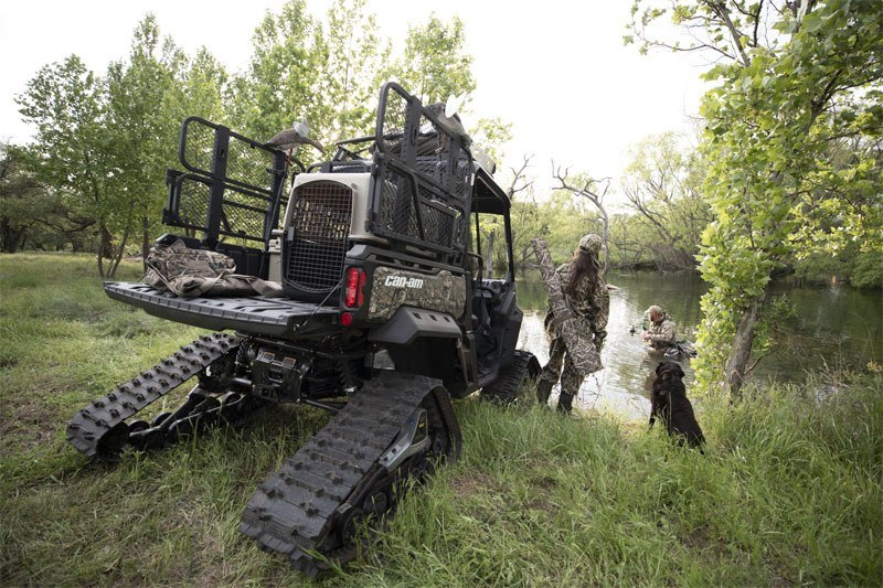 2020 Can-Am Defender Mossy Oak Edition HD10 in Augusta, Maine - Photo 9
