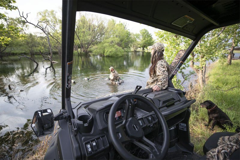 2020 Can-Am Defender Mossy Oak Edition HD10 in Land O Lakes, Wisconsin - Photo 11