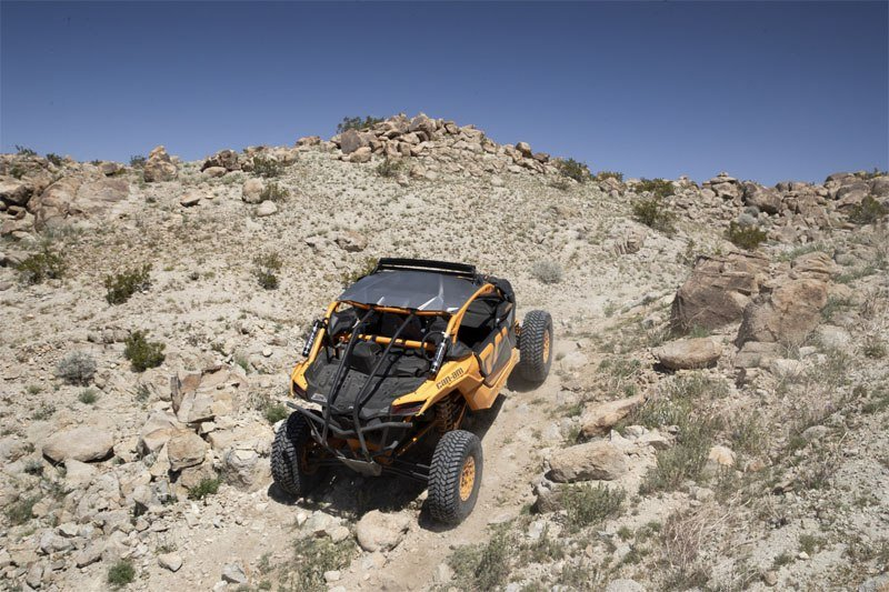 2020 Can-Am Maverick X3 X RC Turbo in Fond Du Lac, Wisconsin - Photo 5