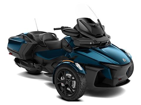 2021 Can-Am Spyder RT in Wilmington, Illinois