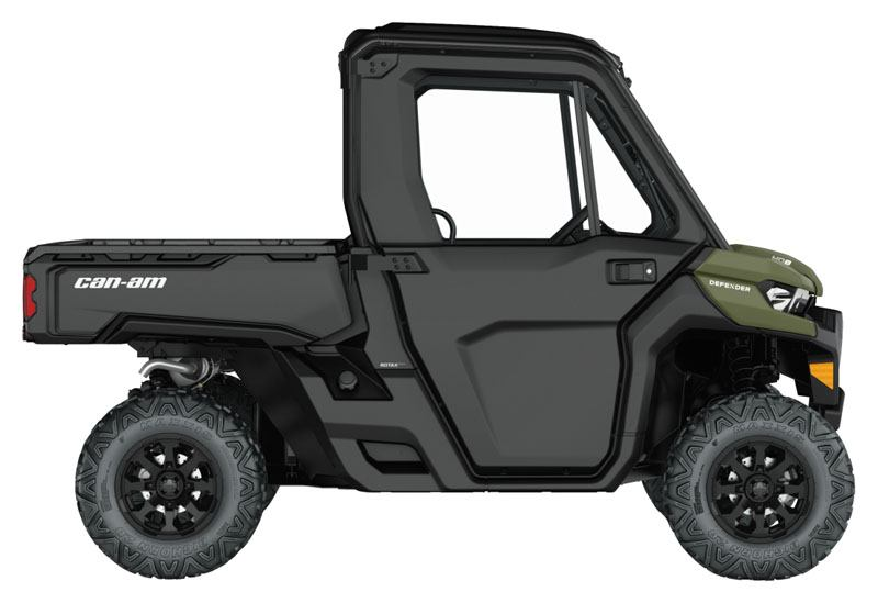 2021 Can-Am Defender DPS CAB HD8 in Castaic, California - Photo 2