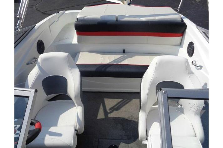 2019 Caravelle 18 EBi Bowrider in Holiday, Florida - Photo 3