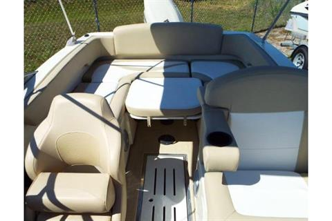 2020 Caravelle 19 EBo Bowrider in Holiday, Florida - Photo 8