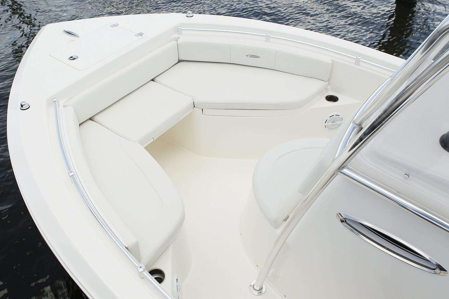 2019 Cobia 201 Center Console in Chesapeake, Virginia - Photo 5
