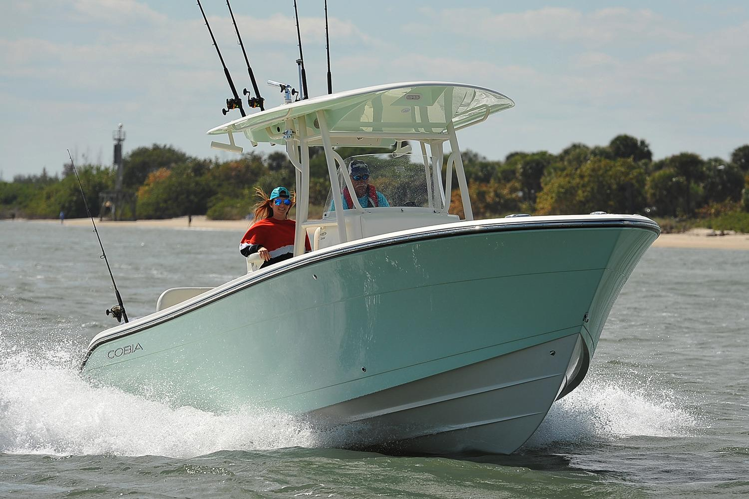 2019 Cobia 261 Center Console in Chesapeake, Virginia - Photo 1