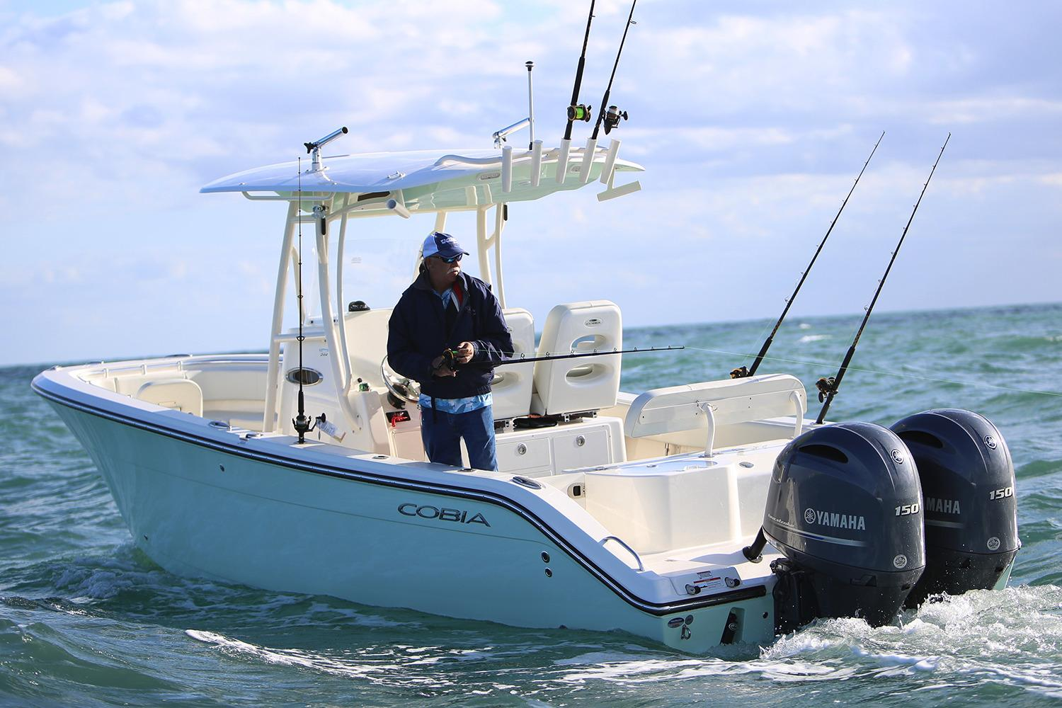 2019 Cobia 261 Center Console in Chesapeake, Virginia - Photo 8