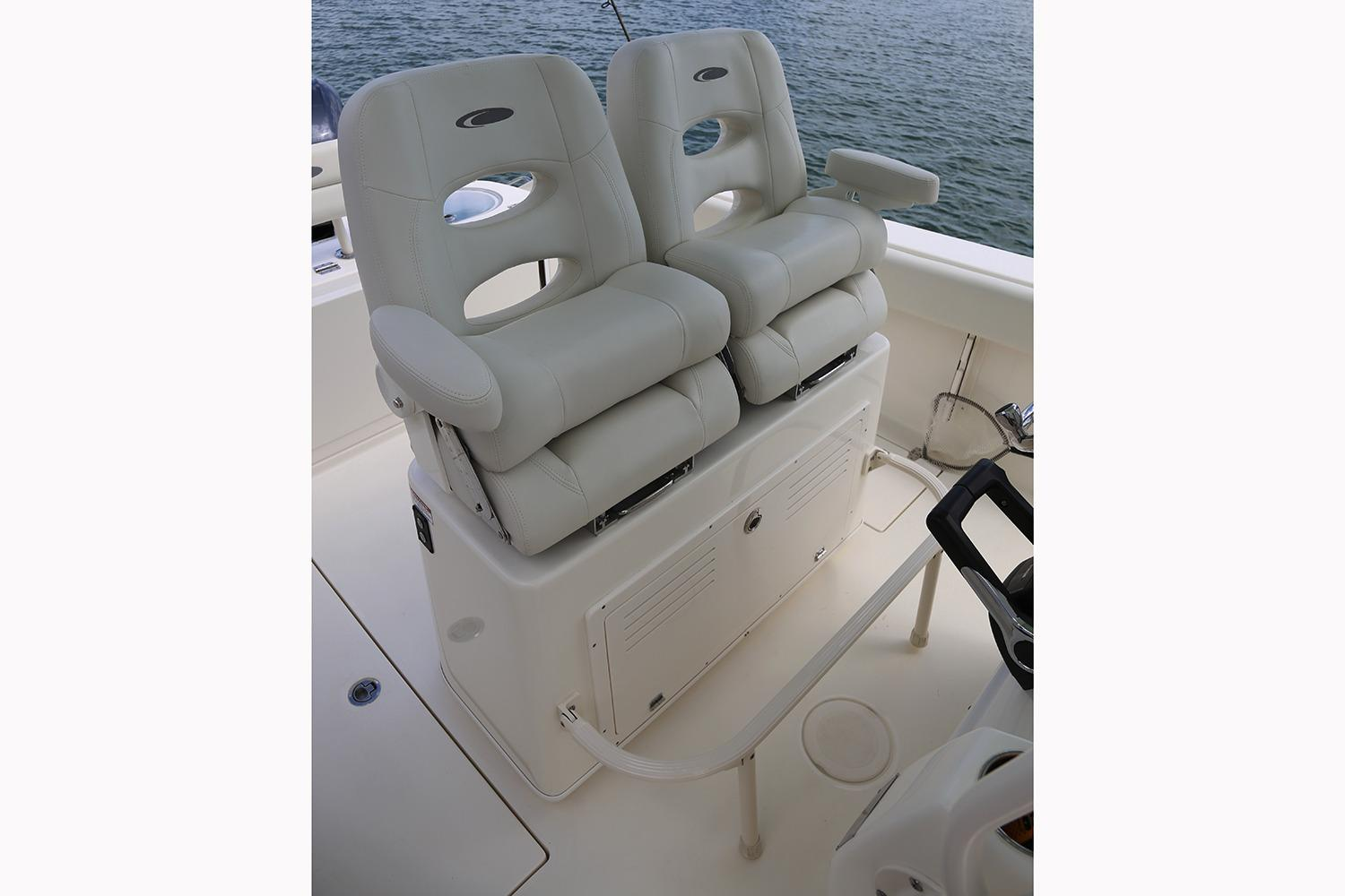 2019 Cobia 261 Center Console in Chesapeake, Virginia - Photo 19