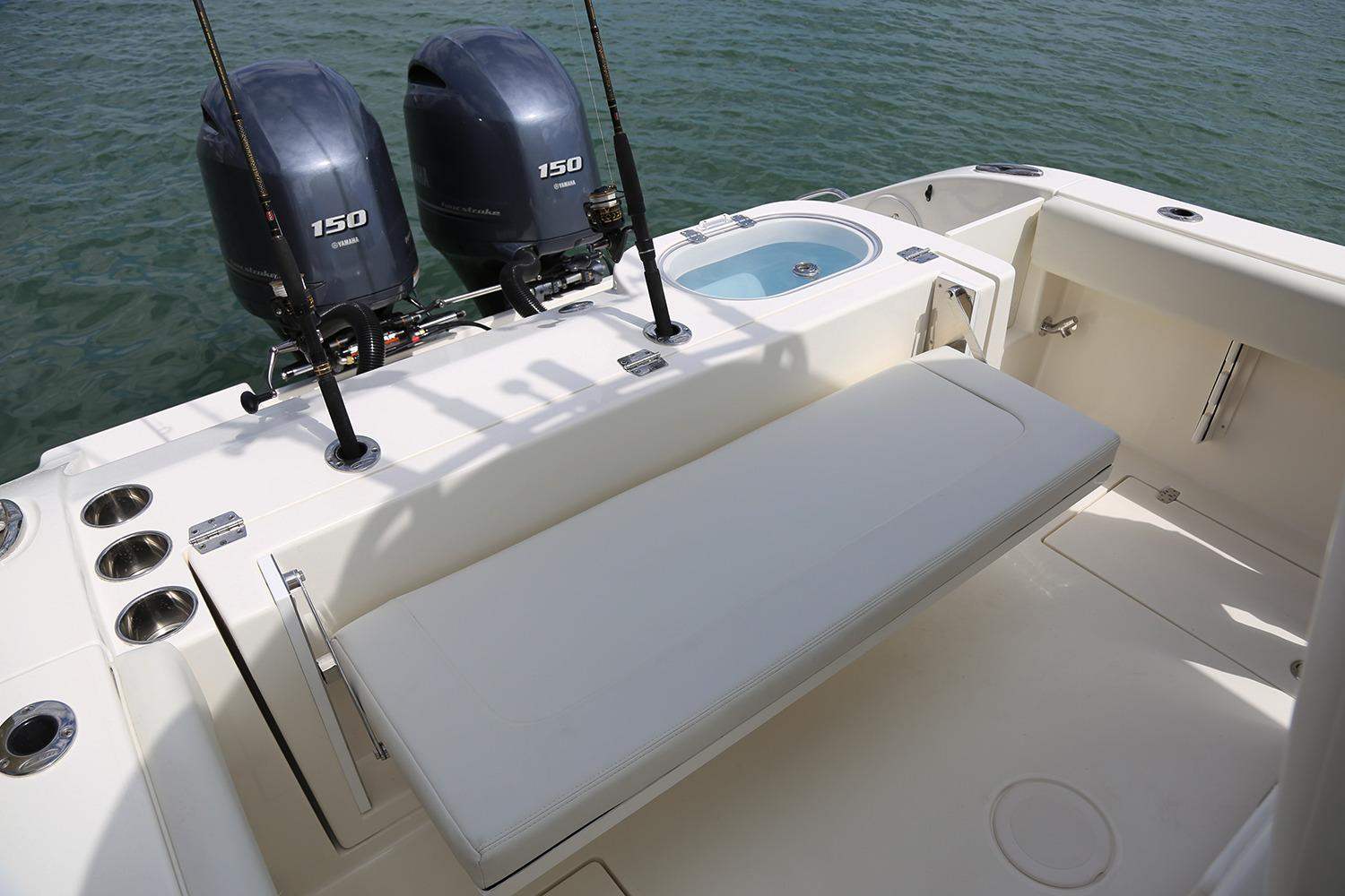 2019 Cobia 261 Center Console in Chesapeake, Virginia - Photo 23