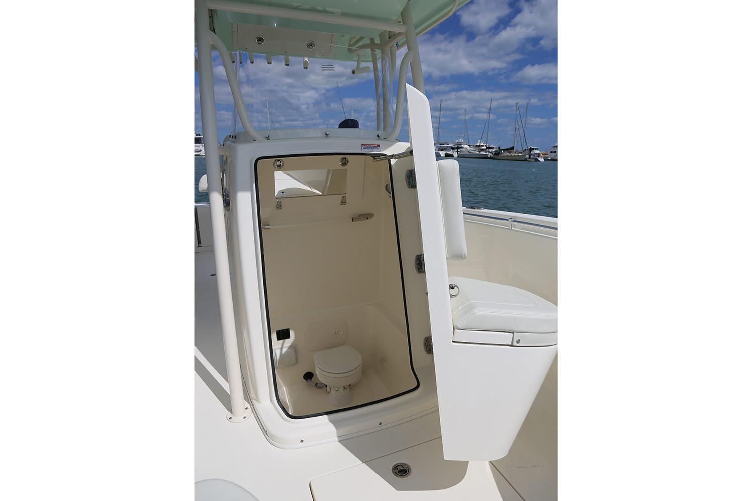2019 Cobia 261 Center Console in Chesapeake, Virginia - Photo 24