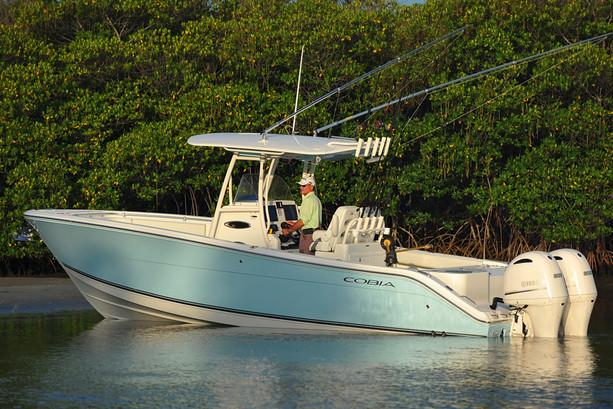 2019 Cobia 277 Center Console in Chesapeake, Virginia - Photo 17