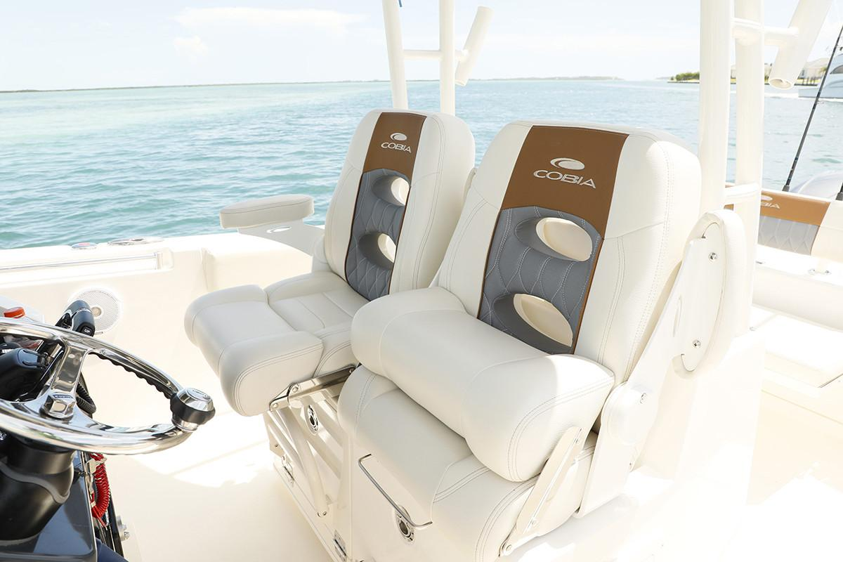 2019 Cobia 301 Center Console in Chesapeake, Virginia - Photo 8