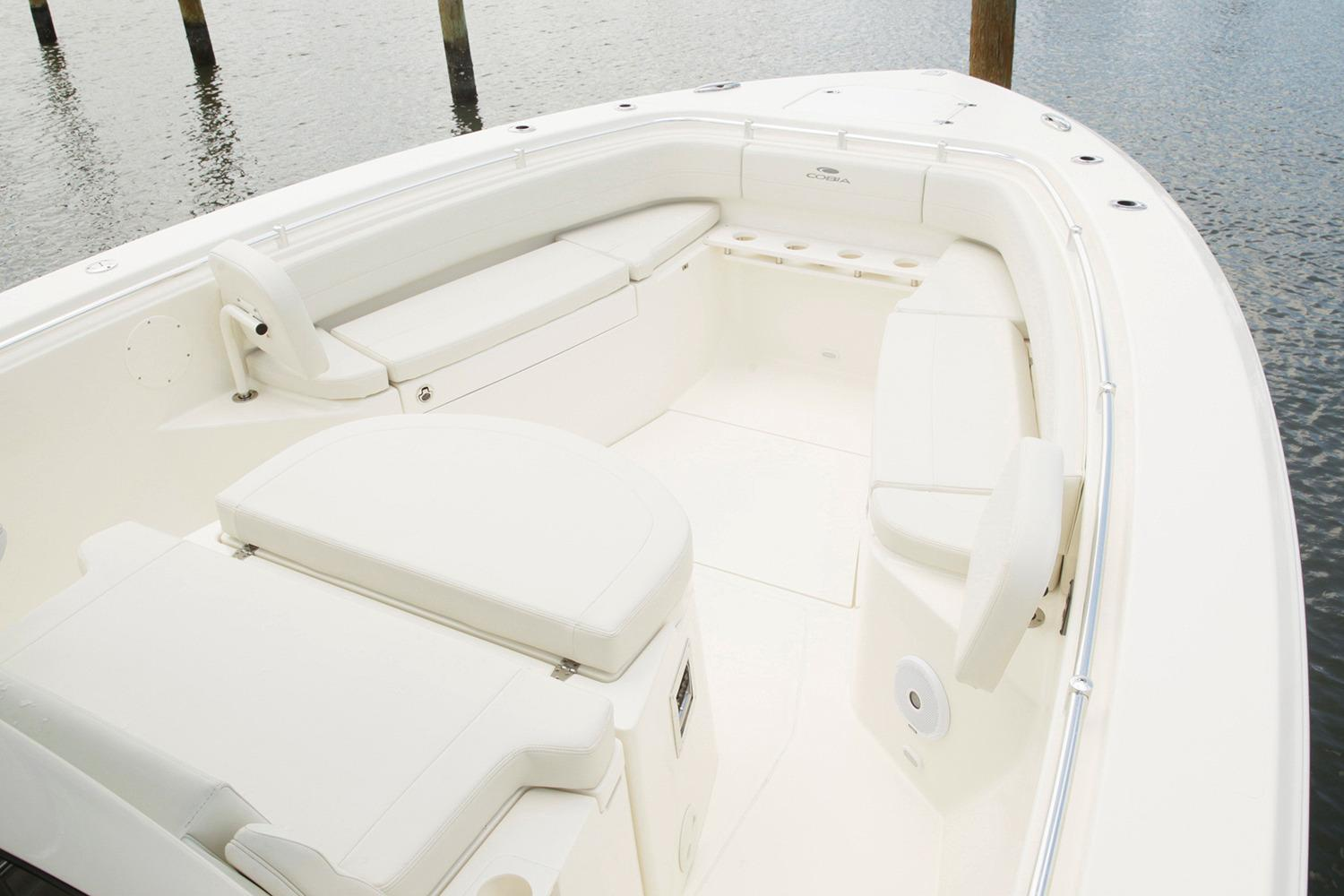 2019 Cobia 344 Center Console in Chesapeake, Virginia