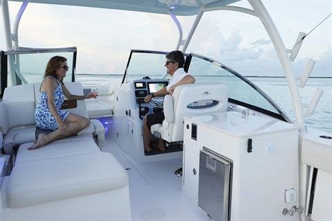 2019 Cobia 280 Dual Console in Chesapeake, Virginia - Photo 6