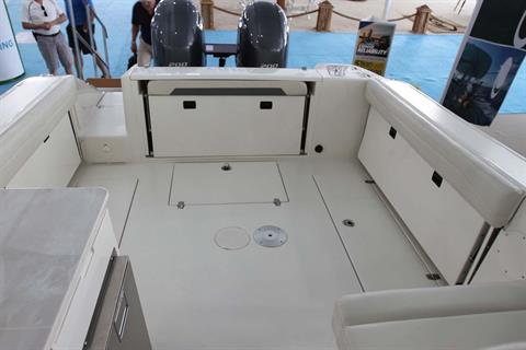 2019 Cobia 280 Dual Console in Chesapeake, Virginia - Photo 10