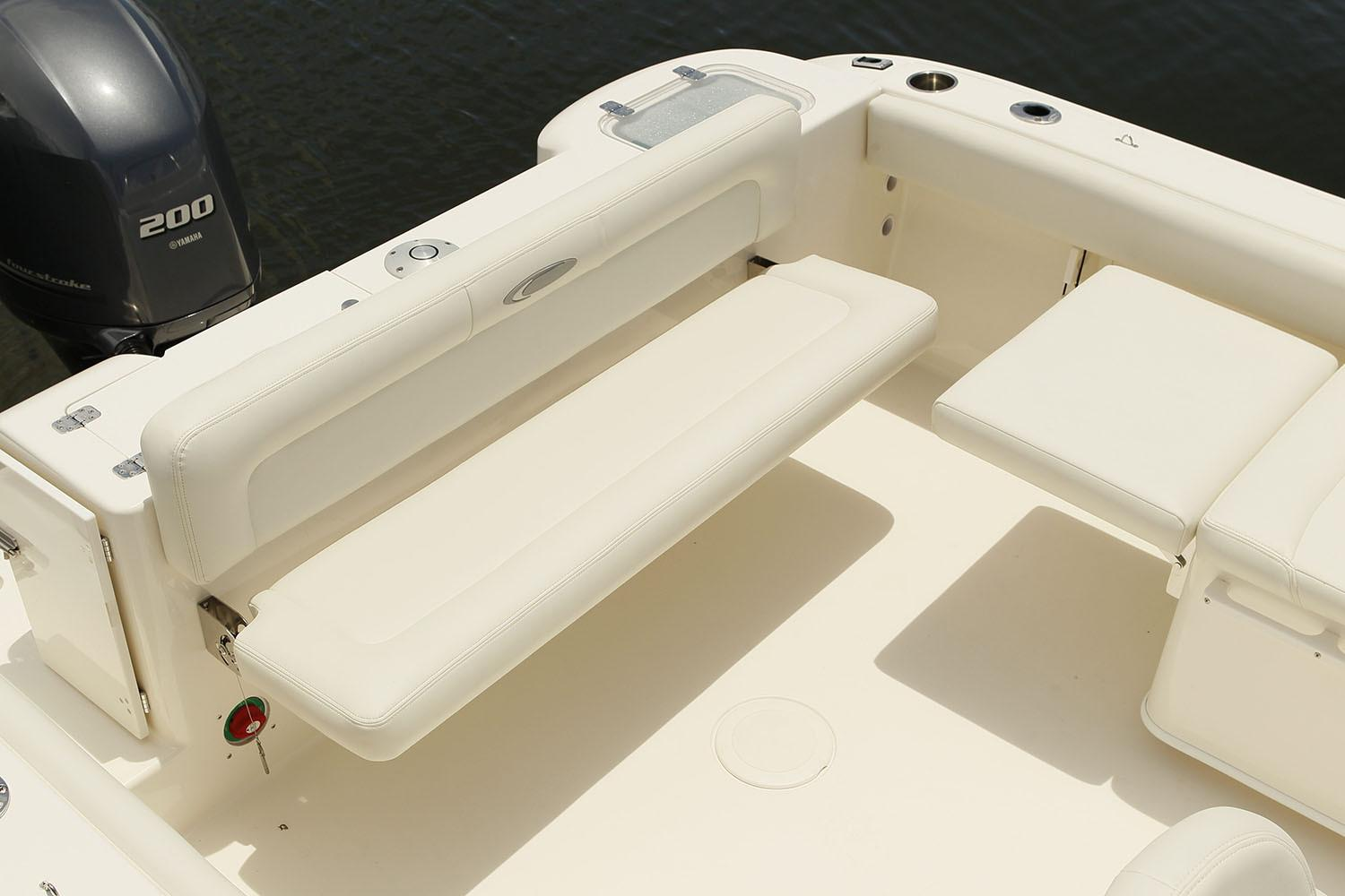 2020 Cobia 220 Dual Console in Chesapeake, Virginia - Photo 9