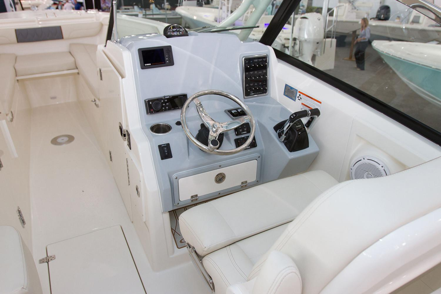 2021 Cobia 280 Dual Console in Chesapeake, Virginia - Photo 5