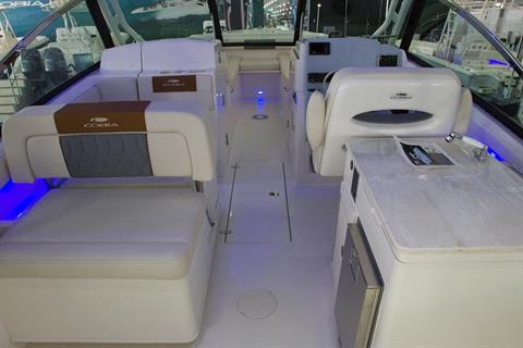 2021 Cobia 280 Dual Console in Chesapeake, Virginia - Photo 7