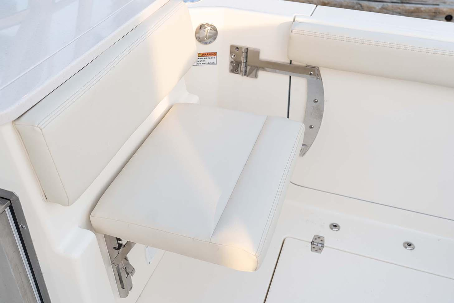 2021 Cobia 330 Dual Console in Chesapeake, Virginia - Photo 10