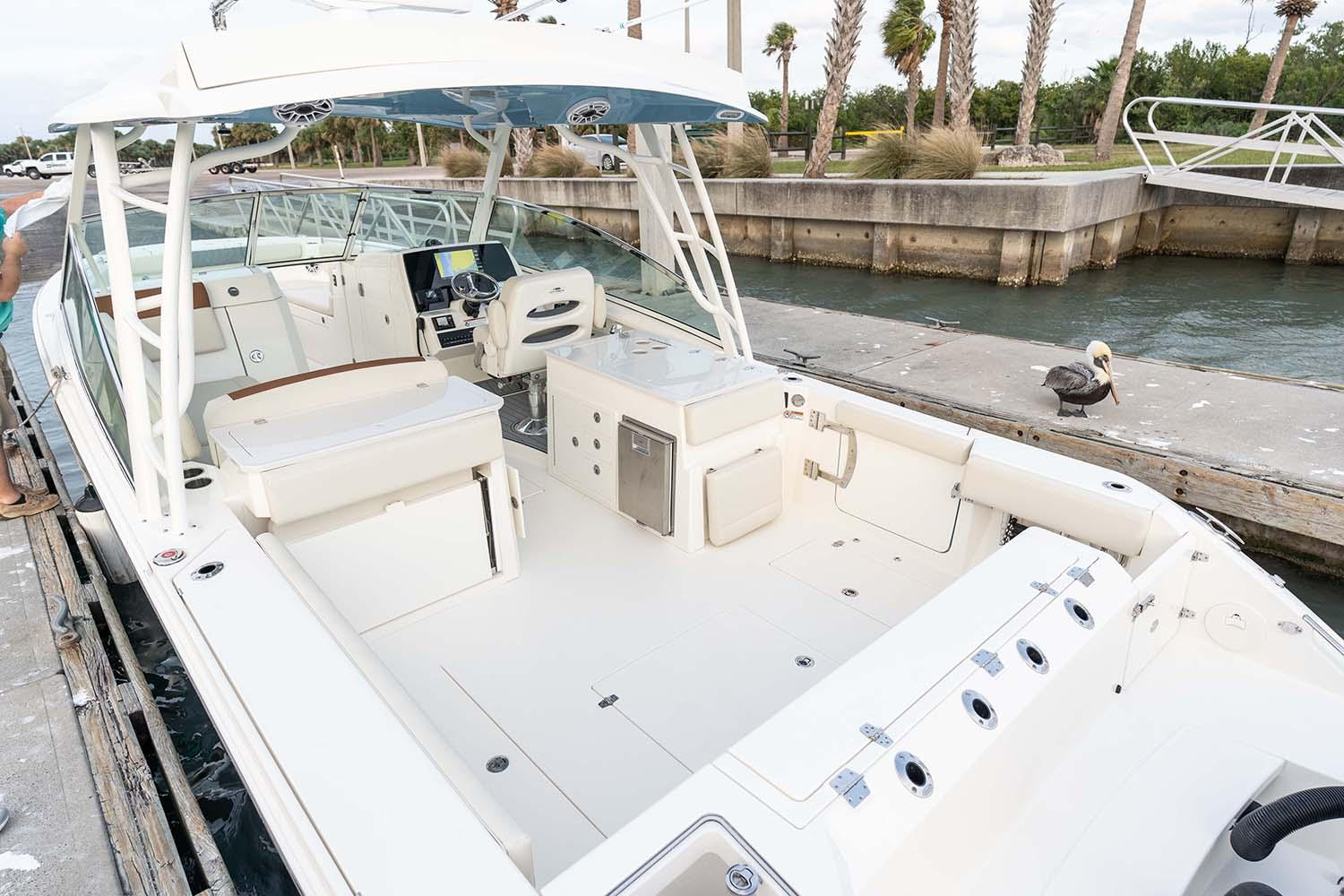 2021 Cobia 330 Dual Console in Chesapeake, Virginia - Photo 13