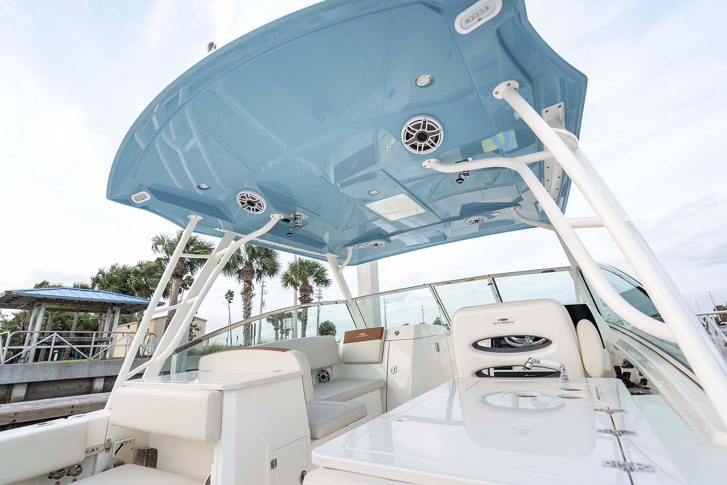 2021 Cobia 330 Dual Console in Chesapeake, Virginia - Photo 14