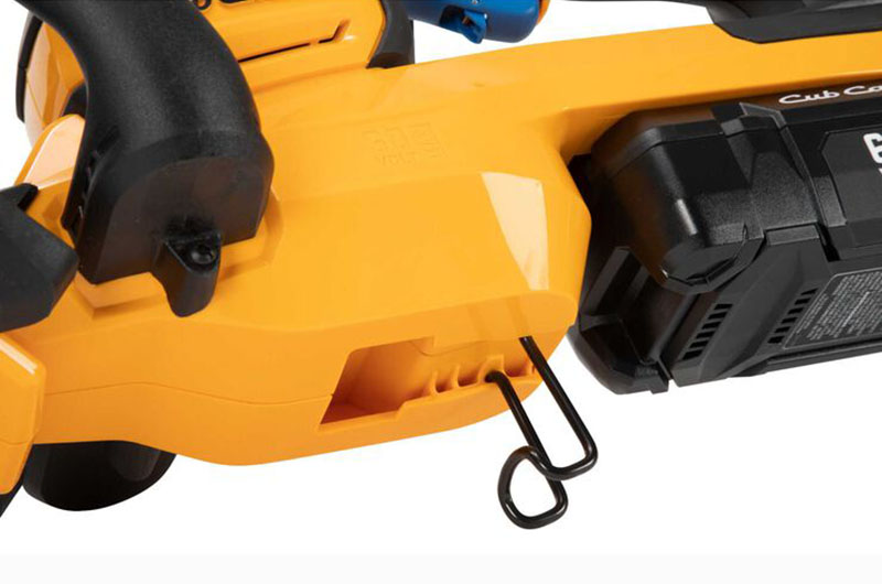 Cub Cadet HT24E Hedge Trimmer in Livingston, Texas - Photo 4