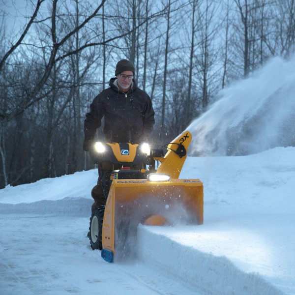 Cub Cadet 3X 30 in. HD in Berlin, Wisconsin - Photo 4