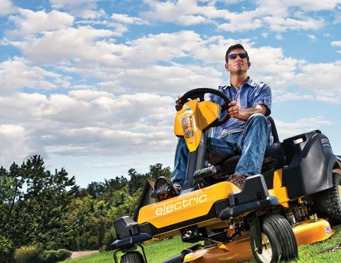 2016 Cub Cadet RZT S Zero Electric in Lake Mills, Iowa