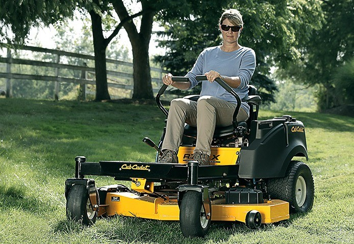 2019 Cub Cadet RZT LX 46 in. Kawasaki FR Series 18 hp in Berlin, Wisconsin - Photo 3