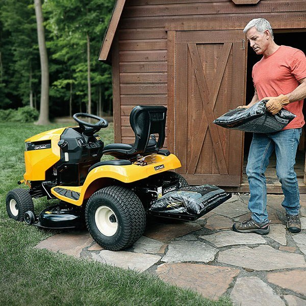 2020 Cub Cadet XT2 LX42 42 in. Cub Cadet 679 cc in Aulander, North Carolina - Photo 2
