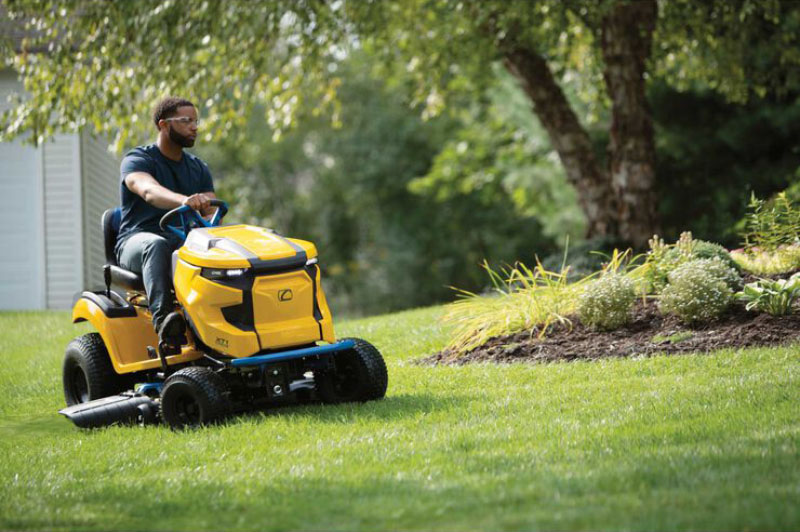2021 Cub Cadet XT1 LT42E 42 in. Electric in Saint Johnsbury, Vermont - Photo 8