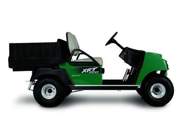 2015 Club Car XRT 800 Gasoline in Bluffton, South Carolina