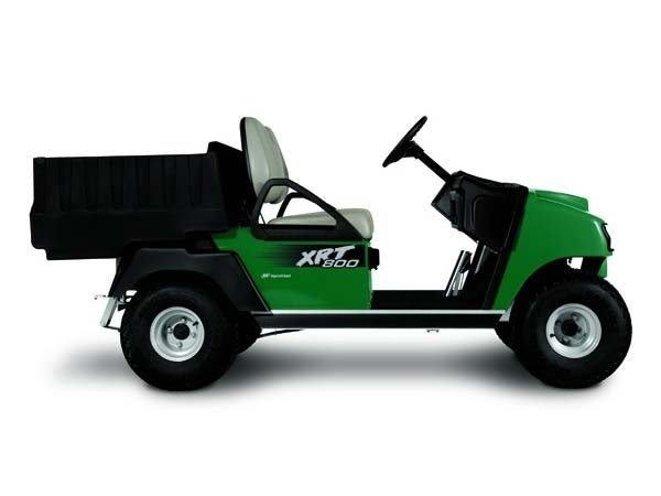 2017 Club Car XRT 800 Gasoline in Bluffton, South Carolina