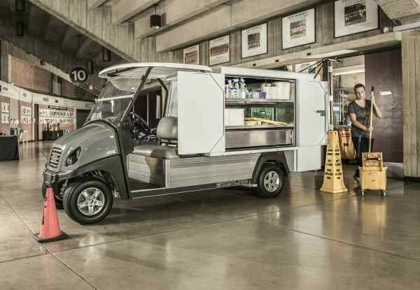 2019 Club Car Carryall 700 Electric in Aitkin, Minnesota