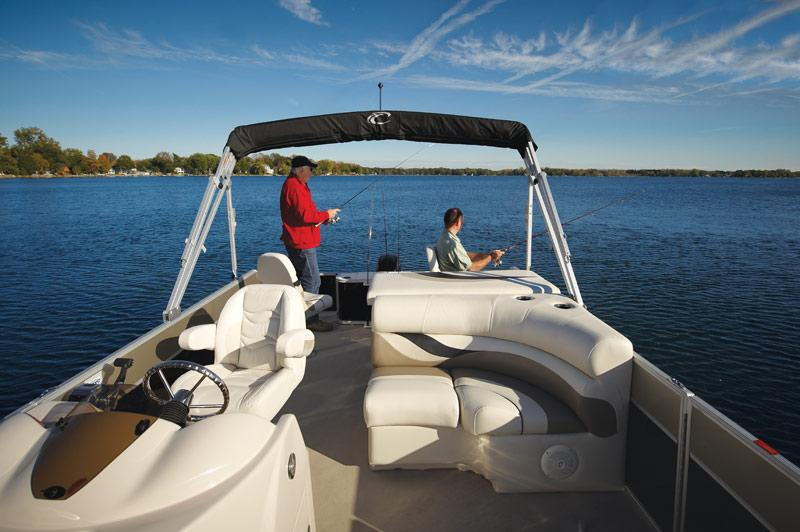 2011 Crest 250FC in Manitou Beach, Michigan